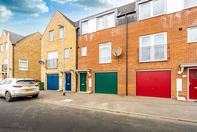 3 Bedrooms Terraced House for sale in Nelson Way, Boston