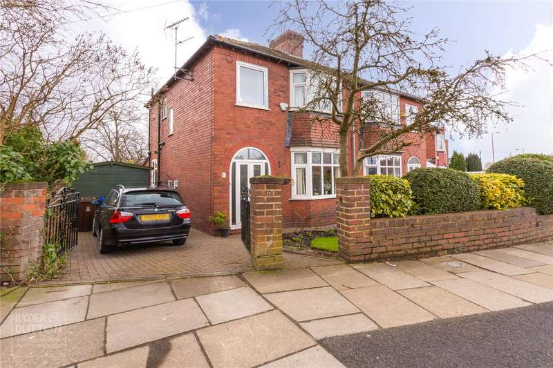 3 Bedrooms Semi Detached House for sale in Yew Tree Lane, Dukinfield, SK16