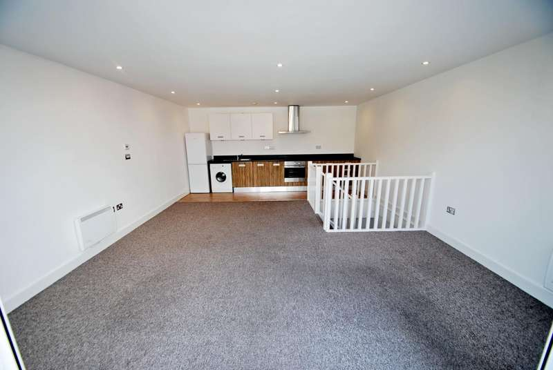 2 Bedrooms Apartment Flat for sale in Wharfside, Prospect Terrace, Brandlesholme