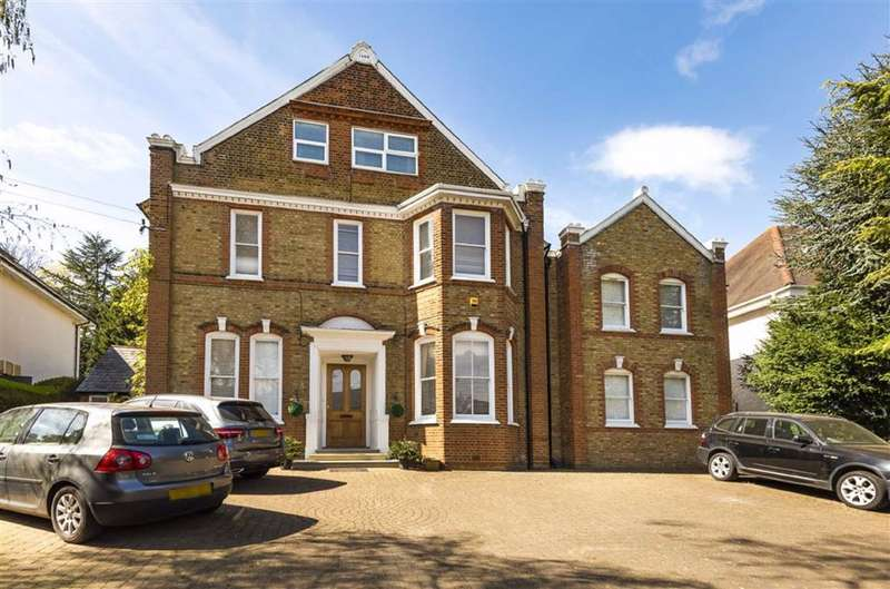 8 Bedrooms Detached House for sale in Oakleigh Park South, Oakleigh Park