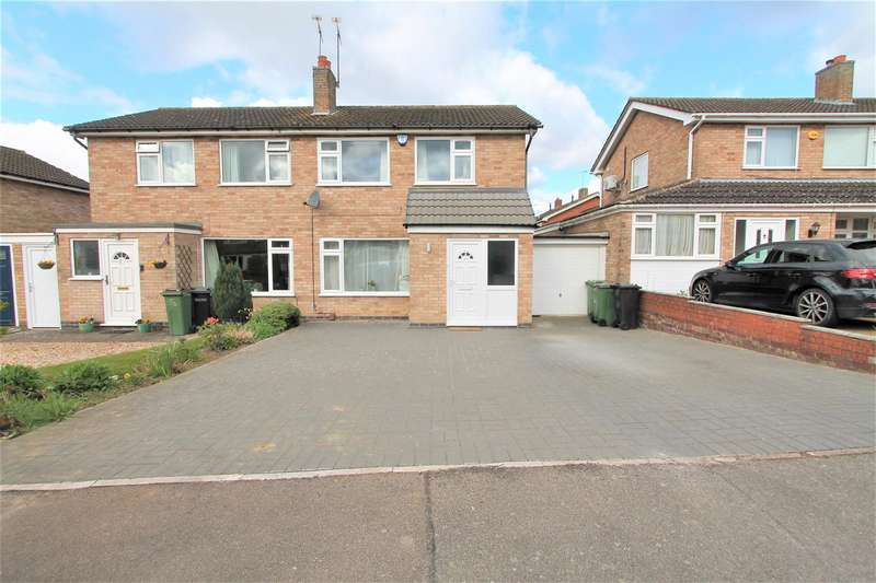 3 Bedrooms Semi Detached House for sale in Windrush Drive, Oadby, Leicester LE2