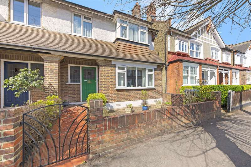 3 Bedrooms House for sale in Stanton Road, West Wimbledon, SW20