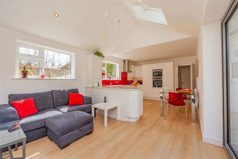 4 Bedrooms Detached Bungalow for sale in Scotland Lane, Houghton-On-The-Hill, Leicester