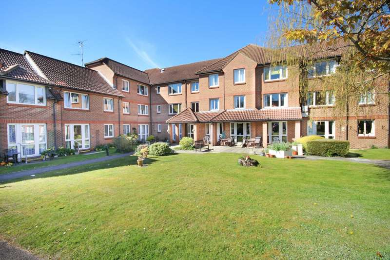1 Bedroom Apartment Flat for sale in Winterbourne Court, Bracknell