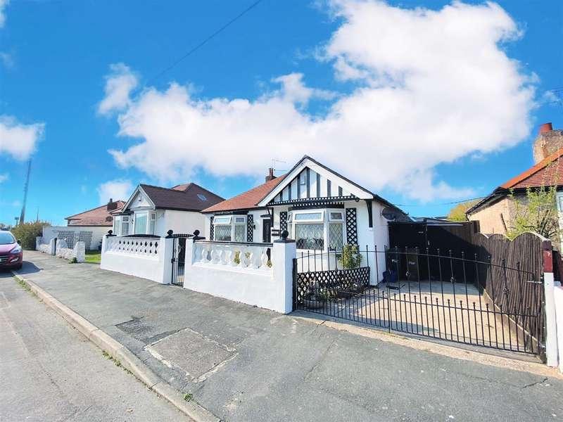 3 Bedrooms Bungalow for sale in Esmede, Moel View Road, Gronant, Prestatyn
