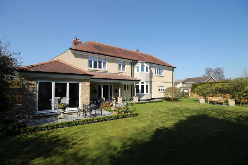 5 Bedrooms Detached House for sale in Richmond Way, Darras Hall, Newcastle Upon Tyne