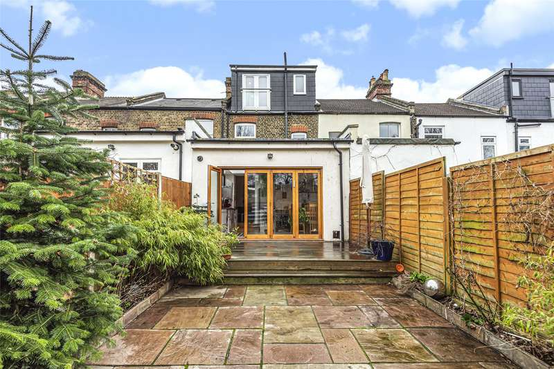 3 Bedrooms Terraced House for sale in Hambro Road, Ferrers Triangle, London, SW16