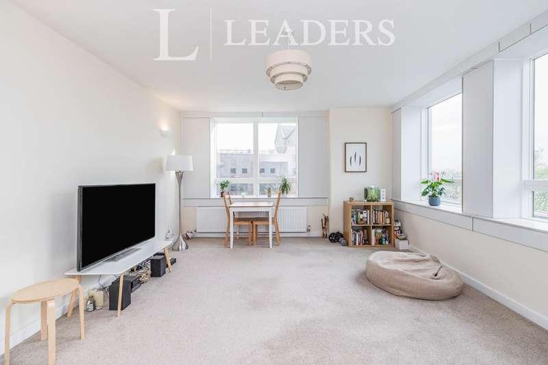 2 Bedrooms Apartment Flat for rent in Wellington Close, Walton
