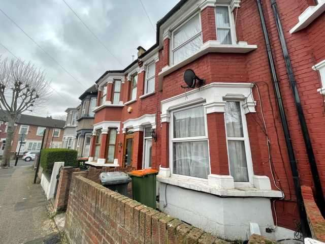 4 Bedrooms Terraced House for rent in Poulett Road, EAST HAM