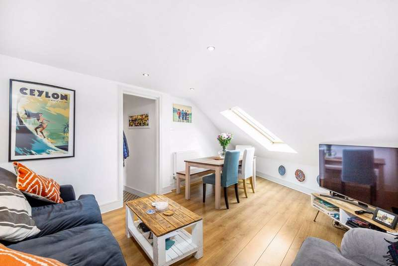 2 Bedrooms Flat for sale in Eardley Road, Furzedown