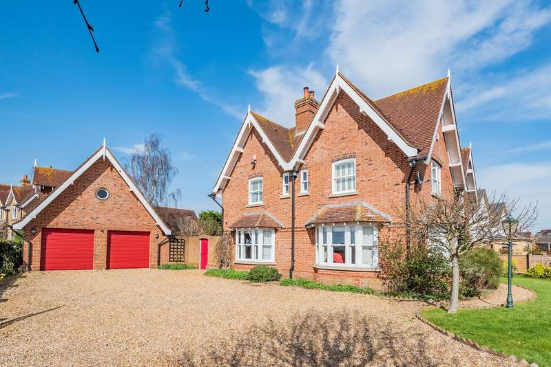 5 Bedrooms Detached House for sale in Silsoe Road, Flitton, MK45