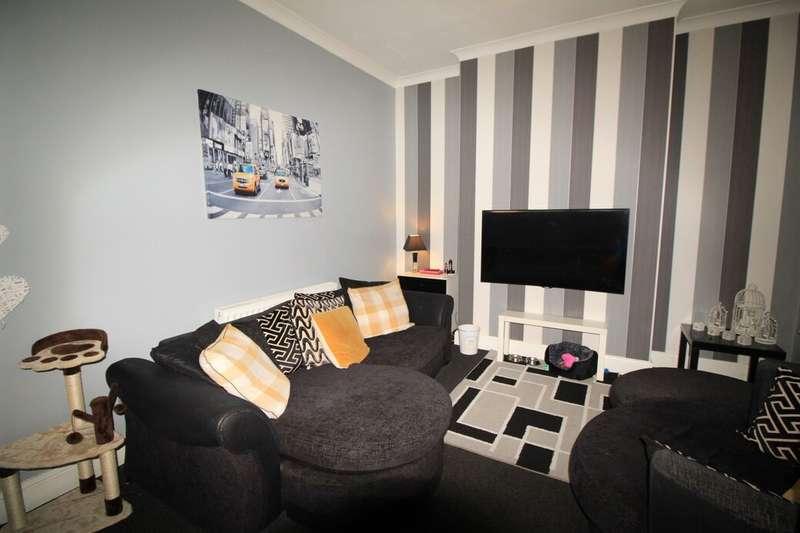 3 Bedrooms Terraced House for sale in Merton Street, Bury, BL8