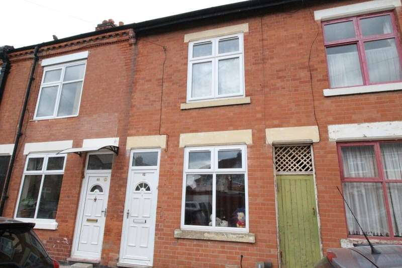 3 Bedrooms Terraced House for sale in Oakley Road, Leicester, LE5