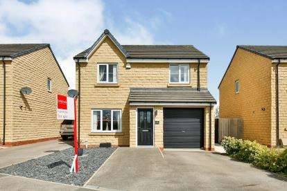 4 Bedrooms Detached House for sale in The Fairway, Darlington, Co Durham, .