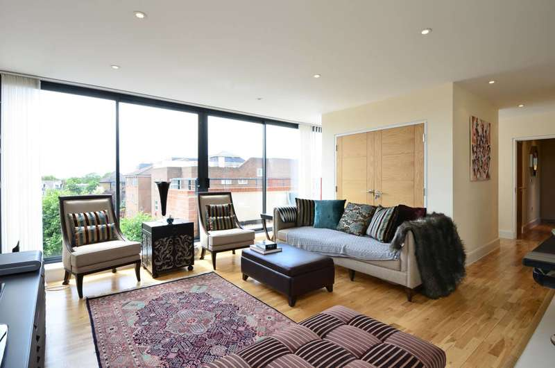 2 Bedrooms Penthouse Flat for sale in Worple Road, Wimbledon, SW19