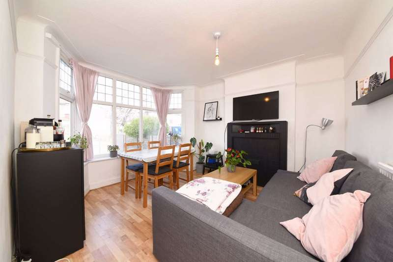 3 Bedrooms Semi Detached House for sale in Braemar Gardens, Colindale, London