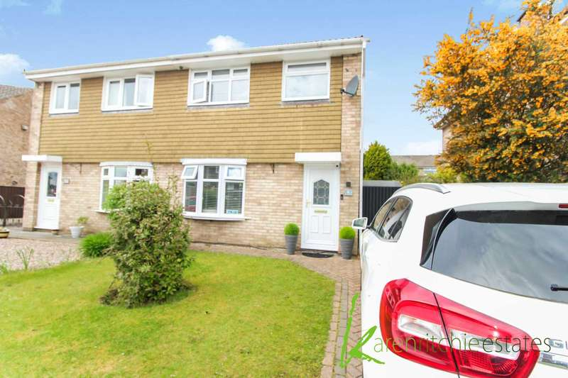 3 Bedrooms Semi Detached House for sale in Hadleigh Close, Bolton