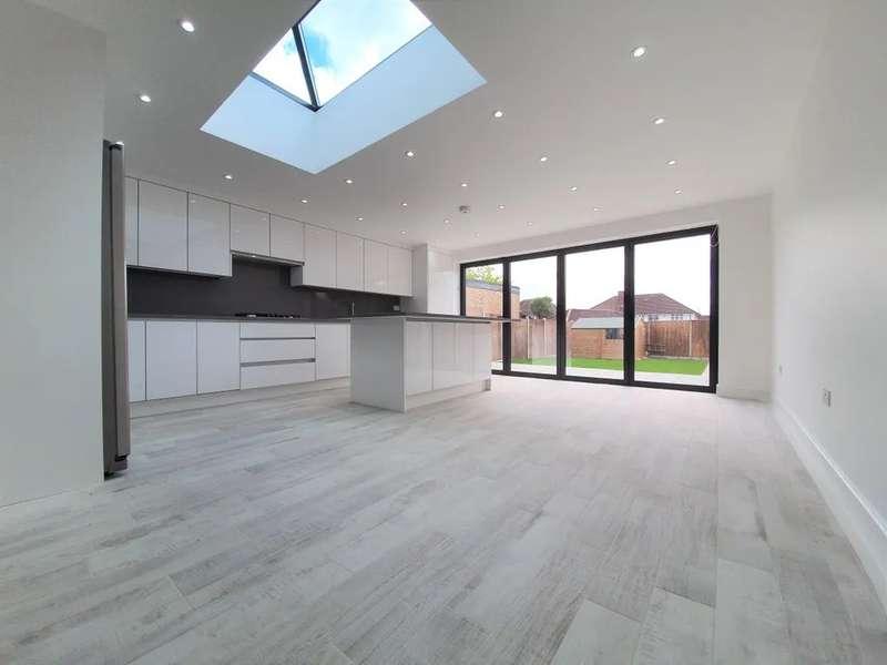 5 Bedrooms Semi Detached House for rent in Branksome Way, Harrow