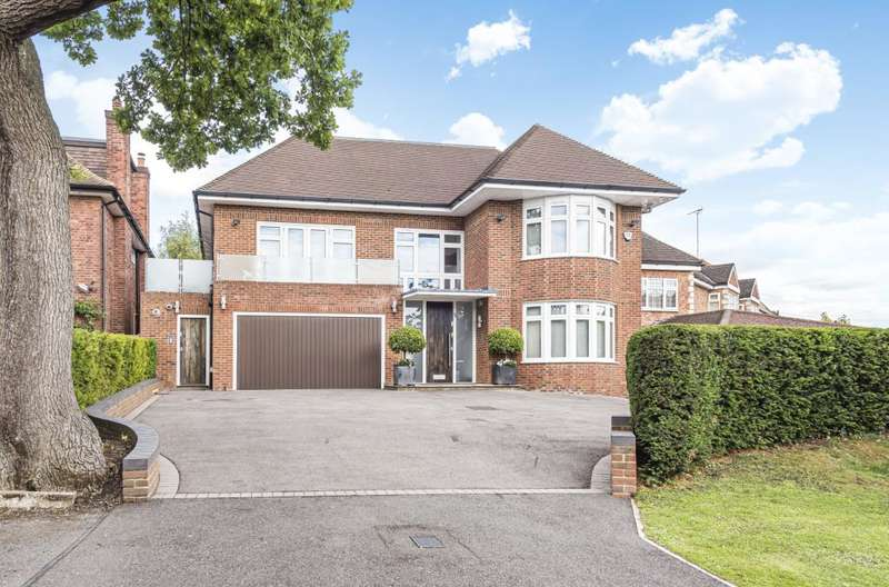 6 Bedrooms Detached House for sale in Crooked Usage, Finchley, N3