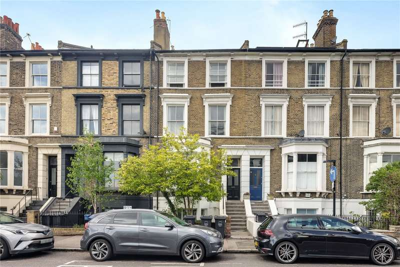 3 Bedrooms Flat for sale in Lauriston Road, Hackney, London, E9