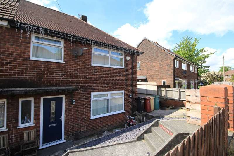 3 Bedrooms Semi Detached House for sale in Aldercroft Avenue, Bolton, BL2