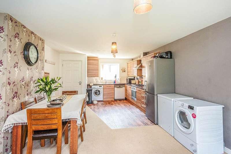 4 Bedrooms Link Detached House for sale in Sycamore Drive, Wesham, Preston, Lancashire, PR4