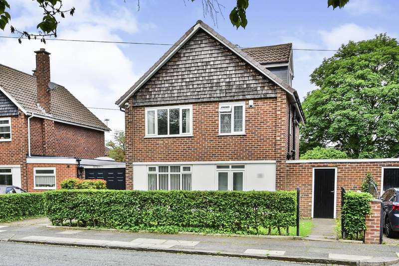 4 Bedrooms Detached House for sale in Bartley Road, Manchester, Greater Manchester, M22