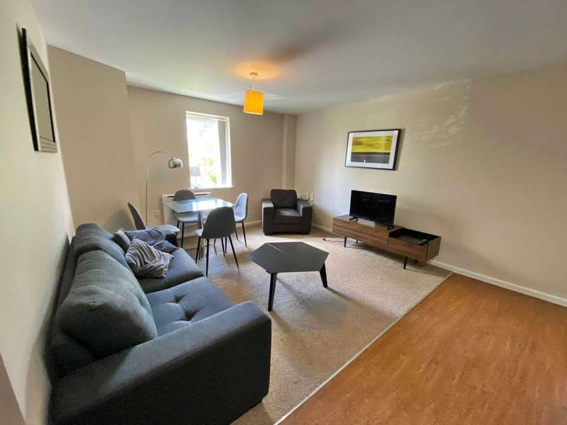 2 Bedrooms Apartment Flat for rent in Park Rise, Seymour Grove