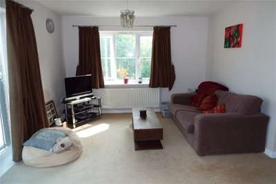 2 Bedrooms Flat for rent in Hassocks Close, Nottingham, NG9