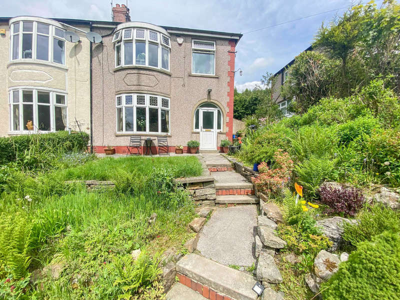 3 Bedrooms Semi Detached House for sale in Fernhill Drive, Stacksteads, Bacup, Rossendale