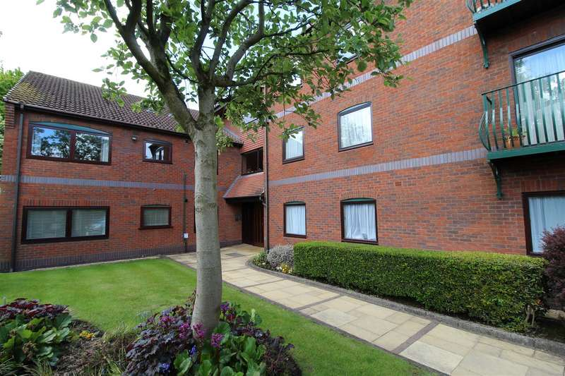 2 Bedrooms Apartment Flat for sale in Chelmsford Mews, Swinley, Wigan, WN1 2PZ.