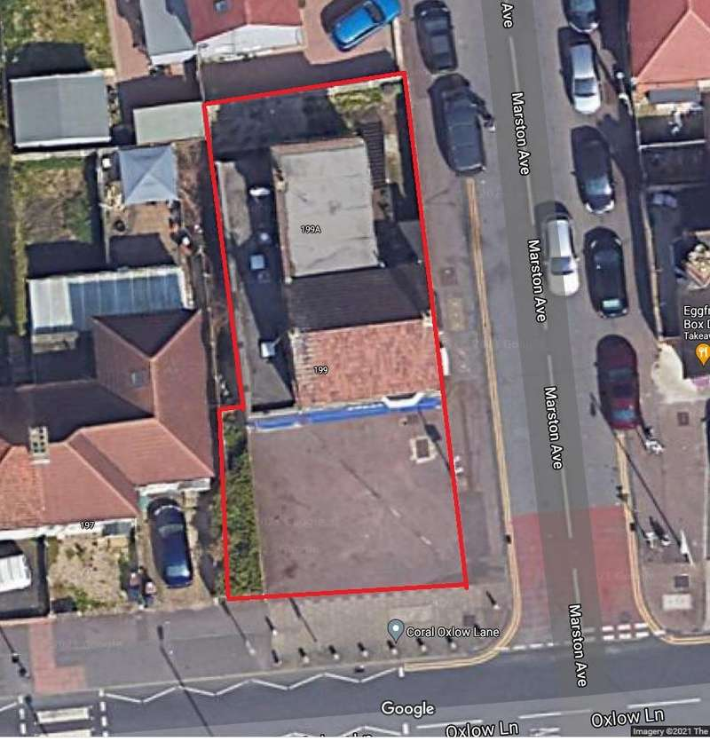 3 Bedrooms Apartment Flat for sale in a Oxlow Lane, Dagenham