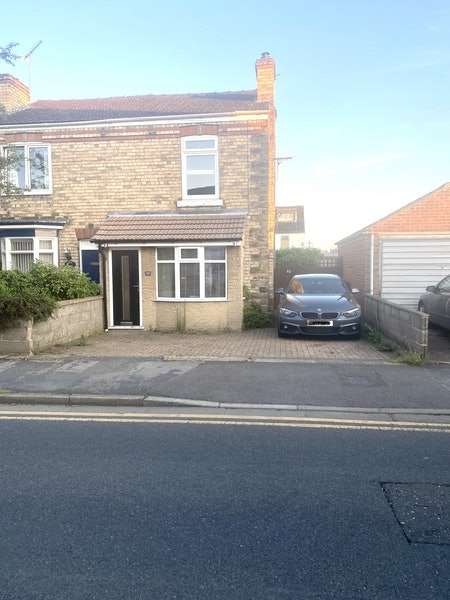 2 Bedrooms Semi Detached House for sale in North Marsh Road, Gainsborough, Lincolnshire, DN21