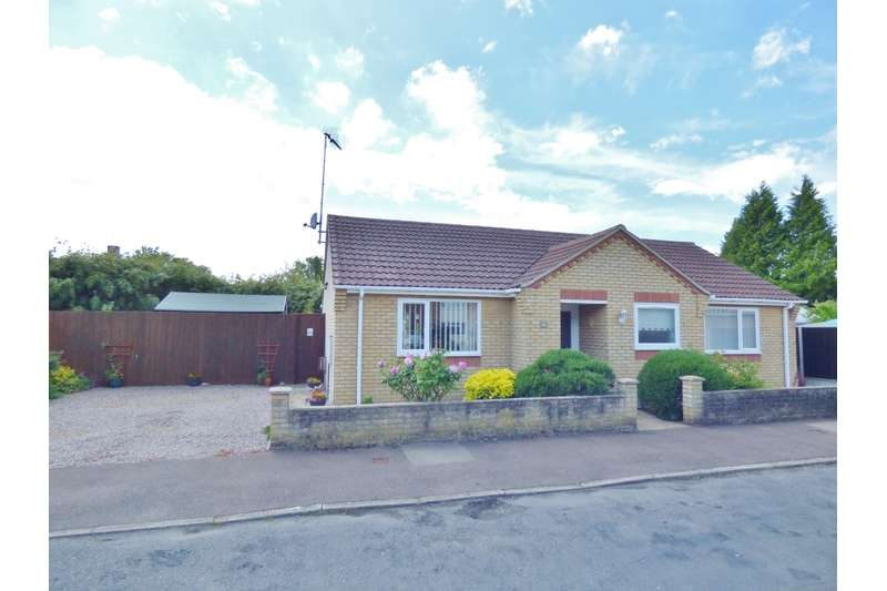 2 Bedrooms Bungalow for sale in Exeter Drive, Spalding, Lincolnshire