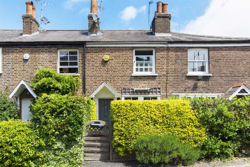 2 Bedrooms House for sale in Lancaster Place, Wimbledon Village, SW19