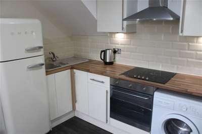 1 Bedroom Flat for rent in Ivanhoe Road, L17 Bills included