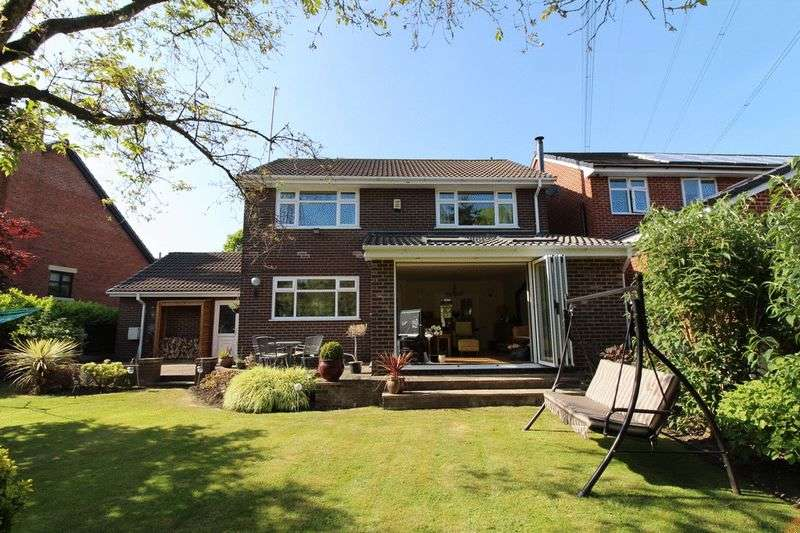 4 Bedrooms Detached House for sale in The Moorings, Worsley, Manchester
