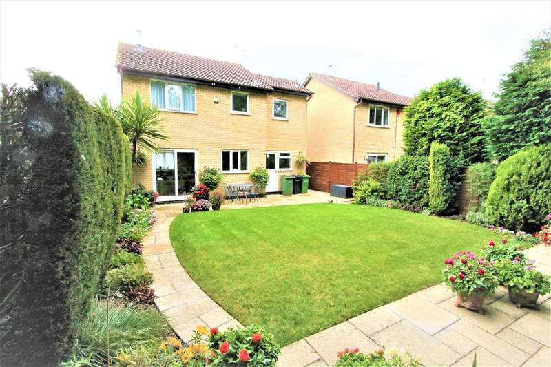 4 Bedrooms Detached House for sale in Hursley Close, Oadby, Leicester LE2