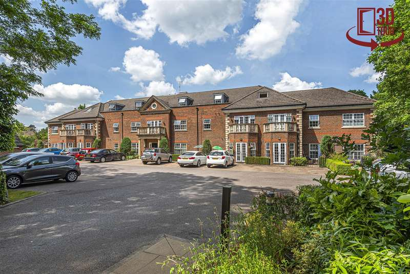 3 Bedrooms Apartment Flat for sale in Dukes Ride, Crowthorne, Berkshire, RG45 6DG