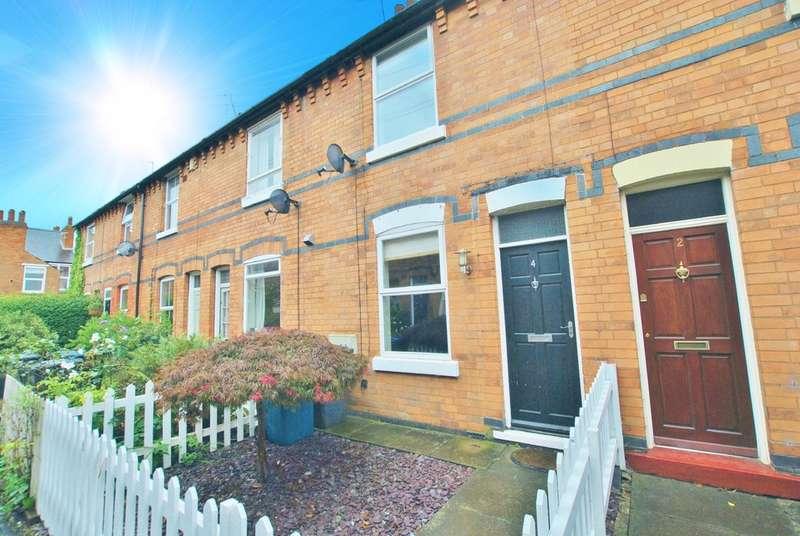 2 Bedrooms Terraced House for sale in Edwinstowe Avenue, West Bridgford, NG2 6EA