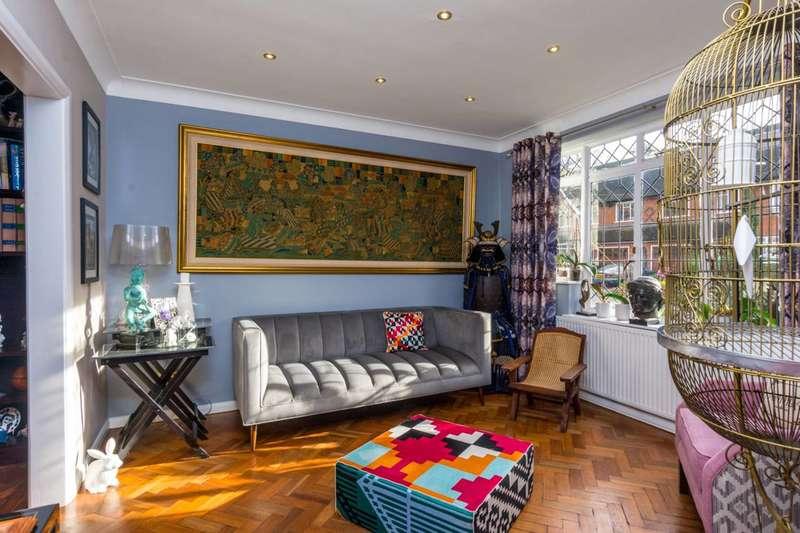 4 Bedrooms Semi Detached House for sale in Fleur Gates, Southfields, SW19