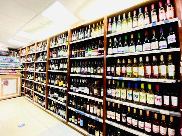 Commercial Property for sale in Convenience Store For Sale Windsor, Slough, SL3