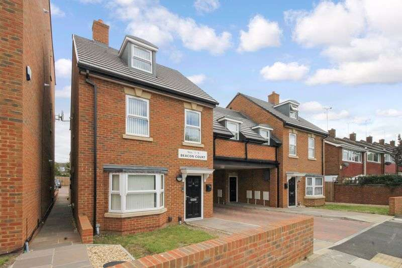 1 Bedroom Property for sale in Maisonette with private garden on Catsbrook Road, Luton