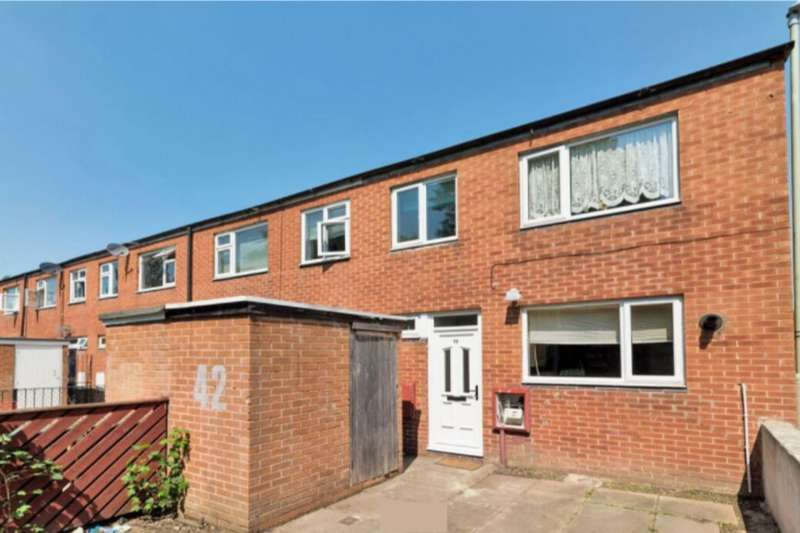 4 Bedrooms Property for sale in Warwick Court, Loughborough, LE11
