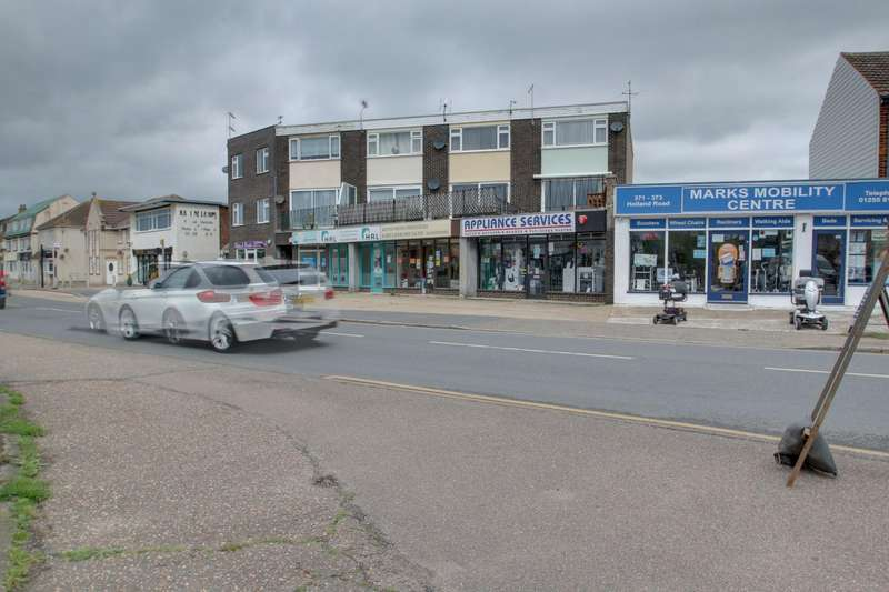 2 Bedrooms Maisonette Flat for sale in Holland Road, Holland-On-Sea