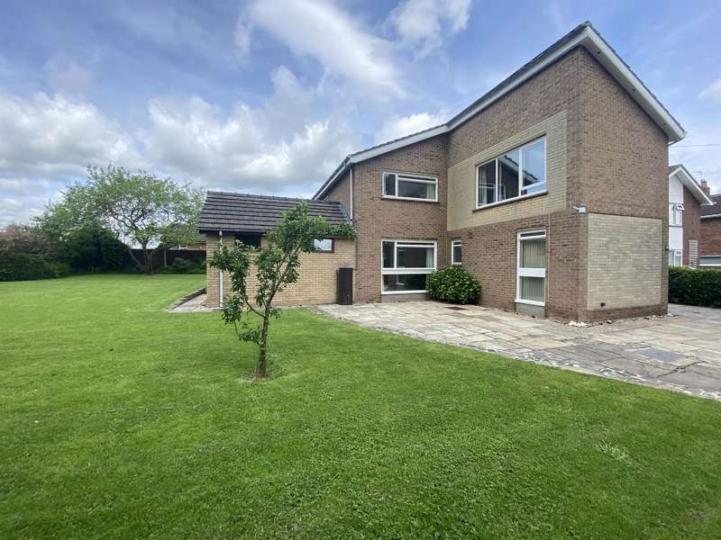 5 Bedrooms Detached House for sale in Keddington Road, Louth, LN11 0BL