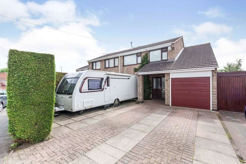 4 Bedrooms Semi Detached House for sale in Braddon Road, Loughborough, LE11