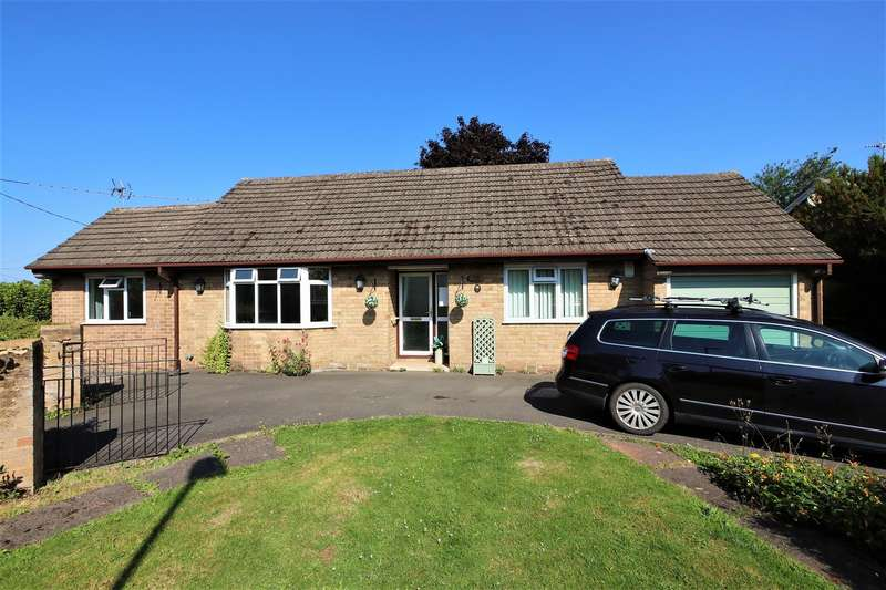 2 Bedrooms Detached Bungalow for sale in High Street, Packington, LE65 1WH