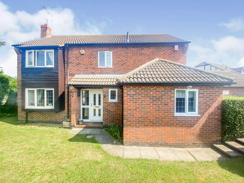 4 Bedrooms House for rent in Bridgewater Drive, Leicester,