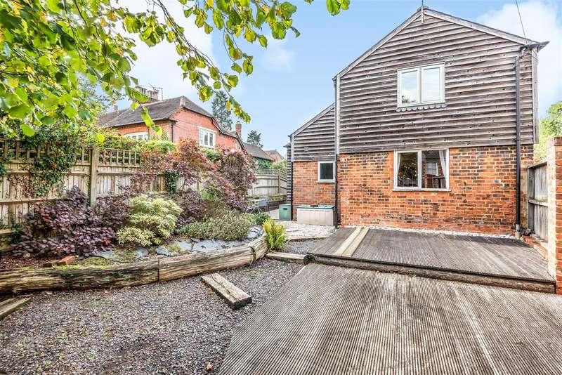1 Bedroom Detached House for sale in Terrace Road North, Binfield, Berkshire, RG42 5JG